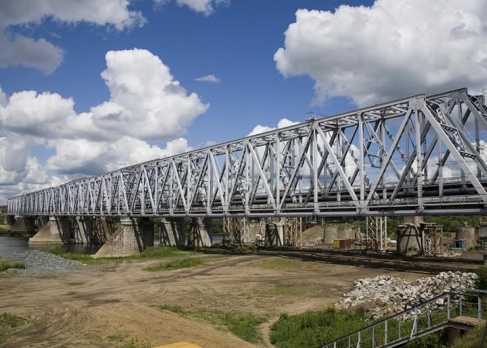 Мост через реку Оку в Кашире