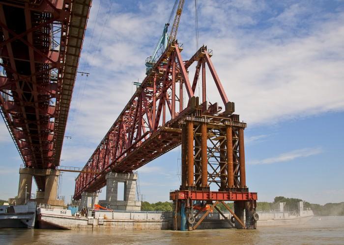 Мост через реку Обь в Камне-на-Оби